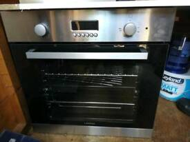 Lamona Oven and extractor