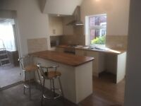 Experienced kitchen fitter and joiner