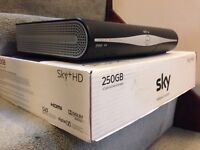 Near MINT Amstrad DRX890-R Sky Plus HD Box with Power Cable