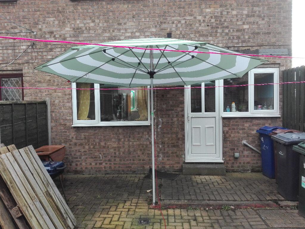 3b17a6cb3 £150 ONO FATBOY Stripesol Parasol garden & patio big umbrella 350cm in  width can deliver