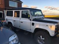 Defender 110 country 9 Seater