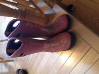 Girl's BOGS - used size 2