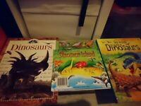 3* dinosaur books - very good condition and 1 free