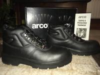 Steel Toe Work Boot - Size 8