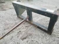 Slewtic tractor front loader single Bale Spike with mf brackets massey ferguson