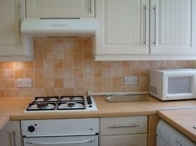 Ground Floor Large Self Contained Studio with off Street Parking Fitted Kitchen Close to A40