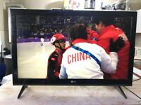 """LG 42"""" FULL HD TV,built in freeview (free local delivery)"""