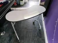 Beautician folding table