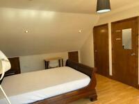 Massive loft Ensuite room including bills for single occupancy only