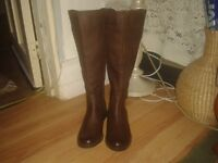 Womens brown boots