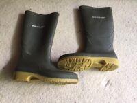 Dunlop Wellington boots- size 5