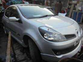 Renault Clio Dynamique S 2006 Mk3 1.6 VVT 3door TED69 silver BREAKING for Spares or Repairs!