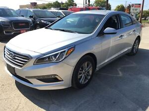 2016 Hyundai Sonata 2.4L GL/ALMOST NEW!/CLEAROUT!!/PRICED FOR A  Kitchener / Waterloo Kitchener Area image 13