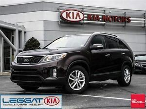 2015 Kia Sorento LX - Low KM, No Accident, Rear Parking Sensors
