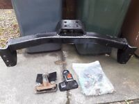 Mitsubishi Shogun Sport Tow Bar with fitting bolts and tow ball