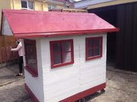 playhouse on wheels for kids