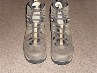 THE NORTH FACE hiker boots