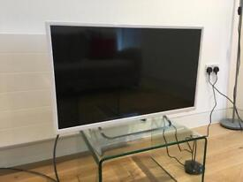 JCV White Led HD TV
