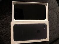 128 GB IPhone 7 Good condition
