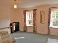 Great Place to Live. Sunny Barbican dbl bed s/c flat incl water rates.