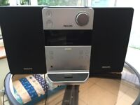 Philips Micro Hi-Fi System in Good Condition £10
