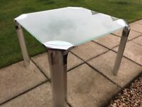 Glass coffee / side table