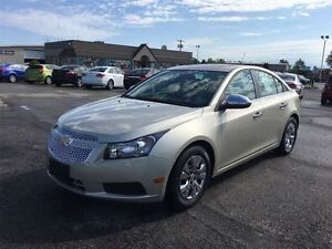 2014 Chevrolet Cruze CARPROOF CLEAN/ HEATED SEATS/FWD