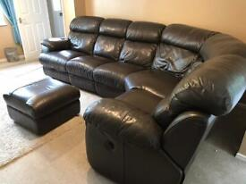 5/6 seater brown leather settee with 2 electronic recliners and pooffe