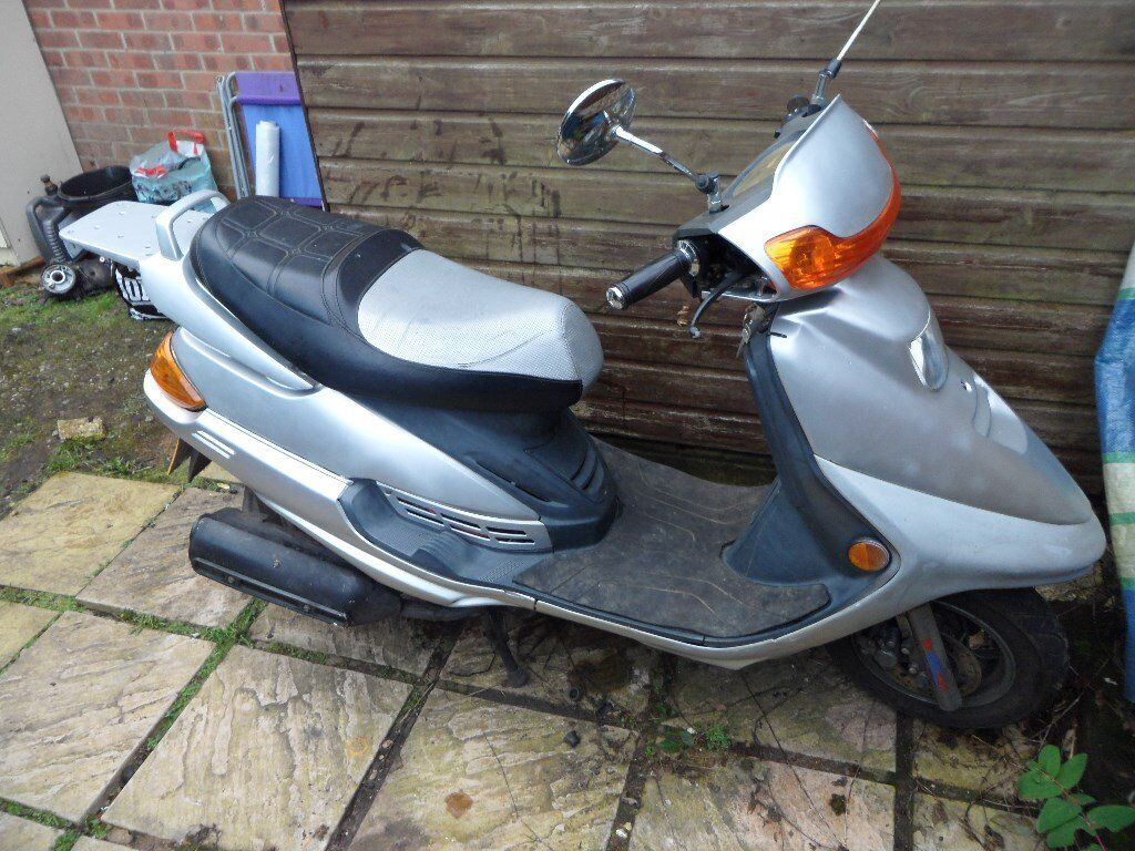 For sale Baotian BT125T-9 in good condition and 12 months MOT