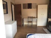 Large Double room ! Low DEPOSIT ! ASAP