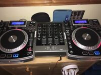 Numark NDX 900 X2 and Numark M4 Mixer