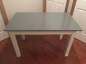 Solid Dining Table ( Can Deliver )