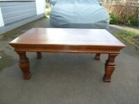 Coffee table, good condition.