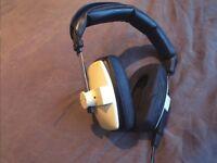 Beyerdynamic DT100 Studio Headphones
