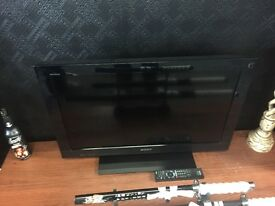 "32"" Sony Bravia HD tv"