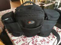 LowePro Off Trail 2 waistpack/shoulder camera bag with 3 slip lock cases