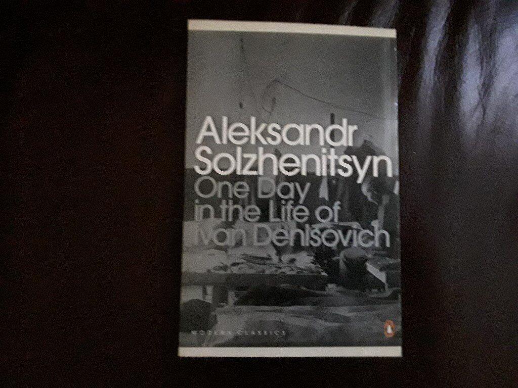 Aleksandr Solzhenitsyn book.