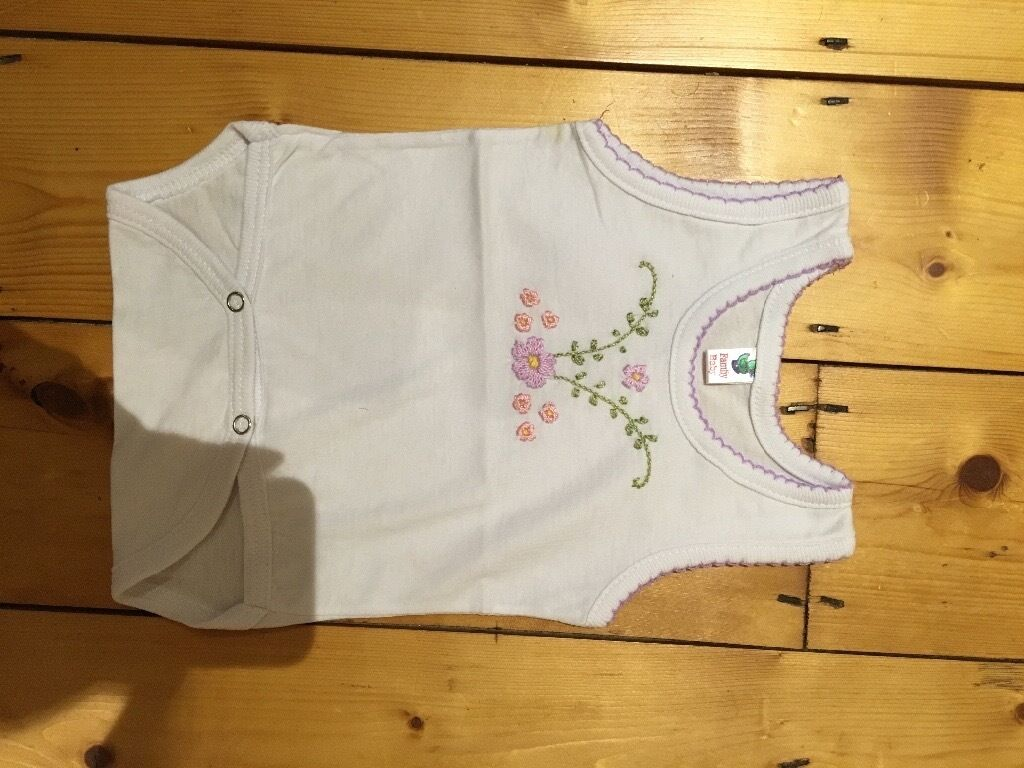 Brand new baby vest egyptian cotton 3-6 month