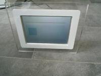 Philips digital photo display model 7FF1