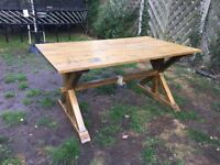 Solid Oak dining table 160 x 91 x 77