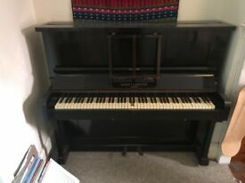 Piano - free to collect