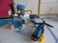 Imaginext Mr Freeze Playset & Batman Helicopter - Bargain £18