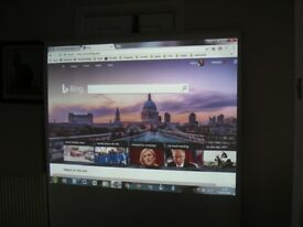 Euroscreen projector screen 1.5m x 1.8m Retracting Retractable Pull Down Up 72inch+
