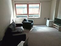 Double room Available for couple, 2 friends or single person in Stratford!!