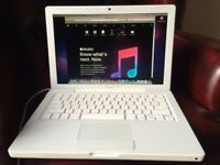 "SOLD! Apple Macbook White 13-inch. Upgraded 128Gb SSD/4Gb ram 2.1GHz intel ""Core 2 Duo"" 2007"