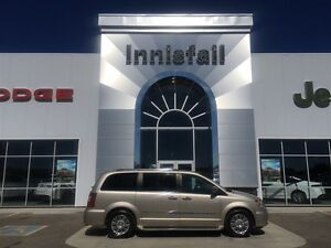 2014 Chrysler Town & Country Limited LOADED Trailer Tow Package
