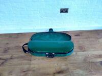Green Bobelock Fibreglass Violin case