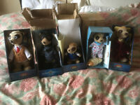 7 meerkat toys: 5 boxed with certicates plus two others.