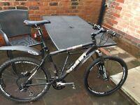 Giant XTC2 Mountain Bike
