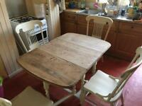 Dining Table and chairs 'Shabby Chic'